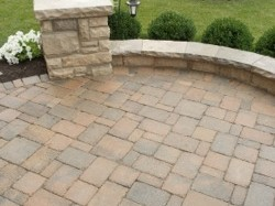 residential-hardscape-back-patio