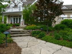 residential-hardscape-front-walk